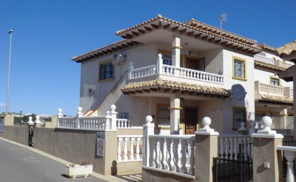 LA ZENIA - 2 BED TOP FLOOR APARTMENT
