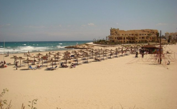 ea_La_Zenia_Beach_935875935